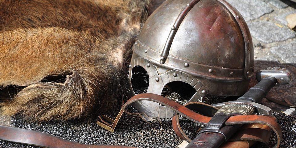 cavaliere-armatura-medievale