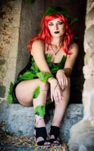 Anthea-Lisbeth-Cosplay-Poison-Ivy-3