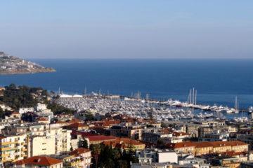 Sanremo-panorama_città_e_porto