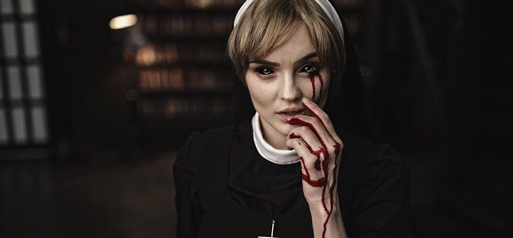 Sophie-Cosplay-Sister-Eunice-American-Horror-Story